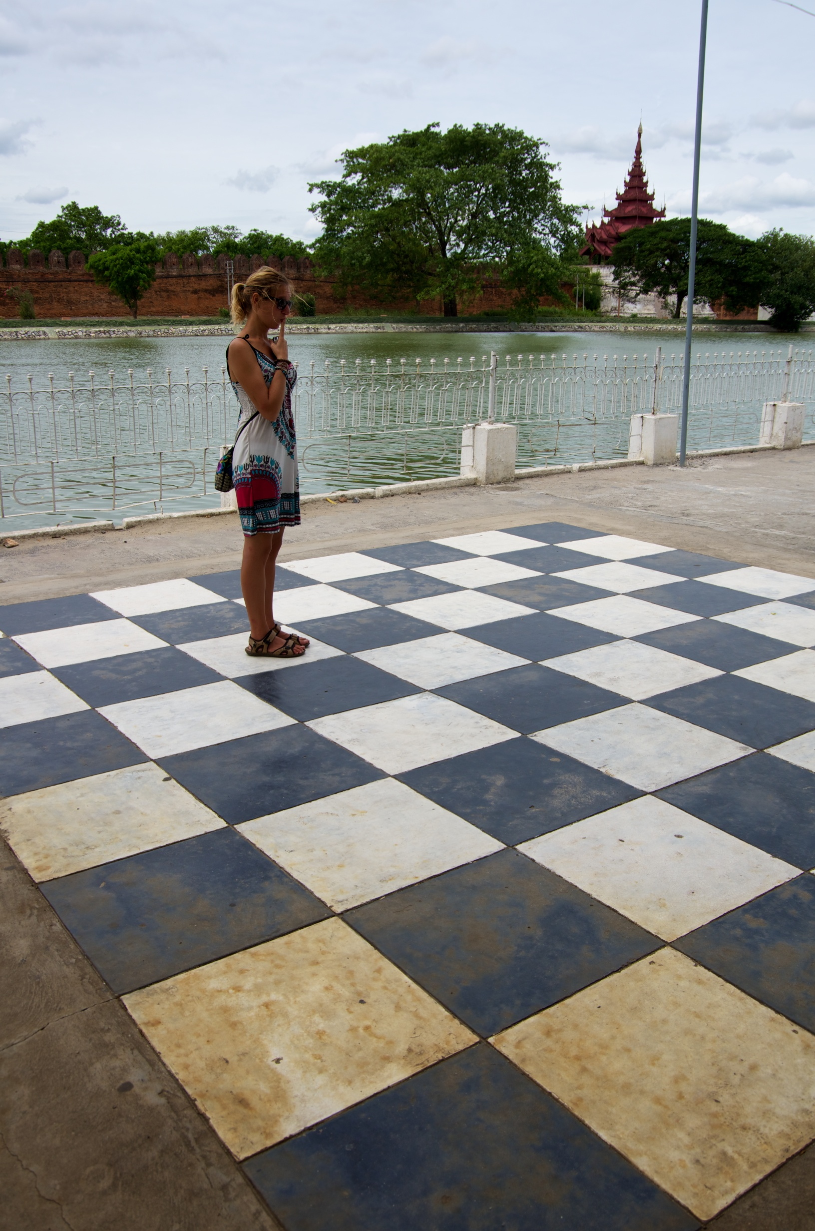 Mandalay big chess board